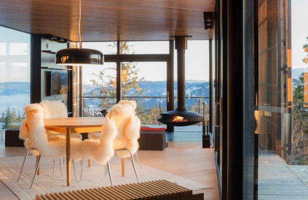 cheminée design centrale, au foyer suspendu Gyrofocus